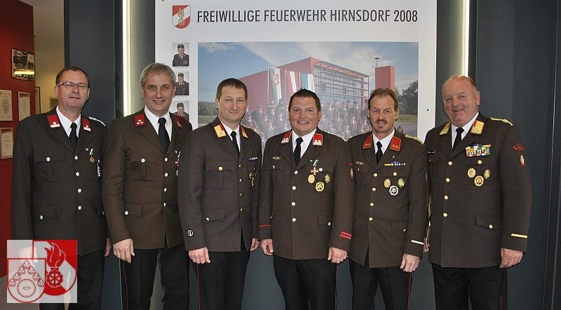 Bild: Kommando mit Ehrengästen